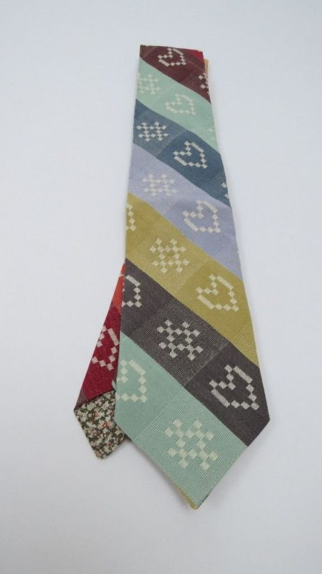 Ecru Heart&Cross(kiss) woven Folklore Fabric Tie.
