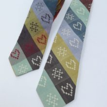 Choose from Ecru or Multi Heart&Kiss woven Folklore Fabric Tie.