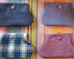 Harris Tweed clasp purse